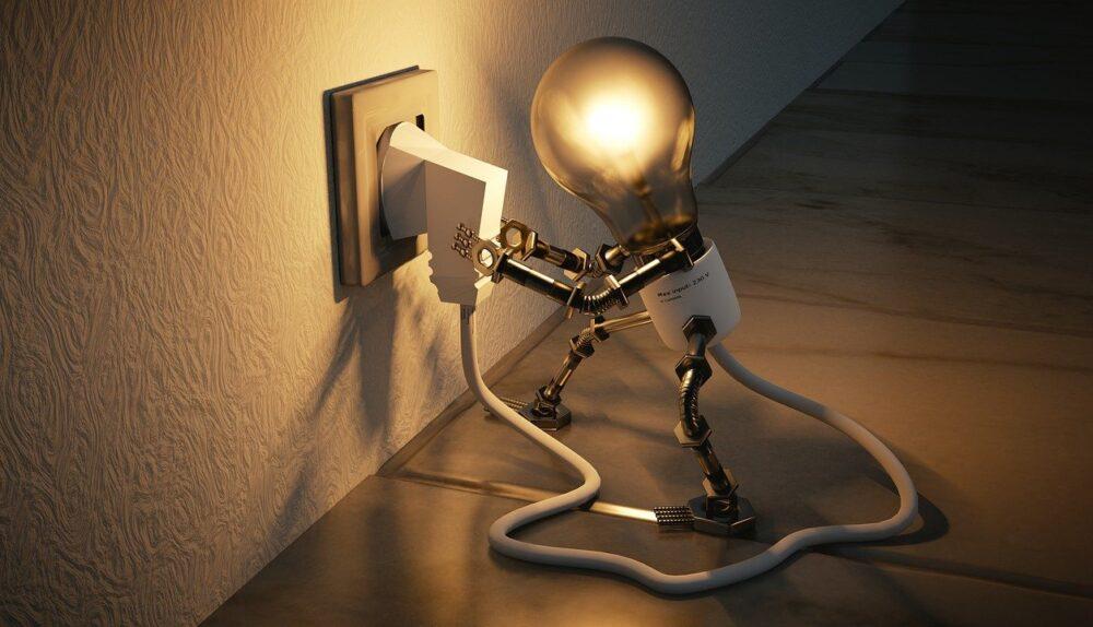 light bulb 3104355 1280 1000x574 - How to Generate Winning Idea